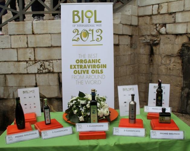olio-bio-premio-biol-2013-tavolo-premiati