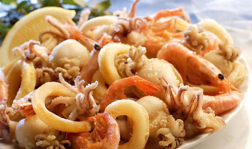 Fritto Misto Di Calamari E Gamberi Fried Calamari And Shrimps