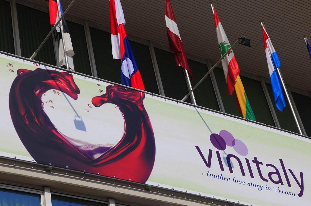 Vinitaly2015_FotoEnnevi_001_20150320-1024x679